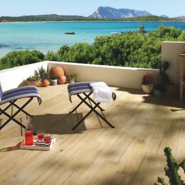 Aménagement de terrasses extérieurs avec sol résistant à l'eau et au intempéries